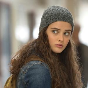 """Hannah (Katherine Langford) em cena de """"13 Reasons Why"""", da Netflix"""