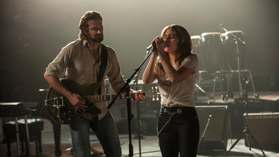 """Bradley Cooper e Lady Gaga em cena do filme """"Nasce Uma Estrela"""" - Divulgação"""