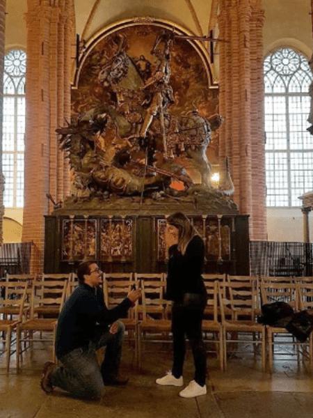 Louiz Carlos, filho de Zeca Pagodinho, pede a noiva em casamento na Suécia - Reprodução/Instagram
