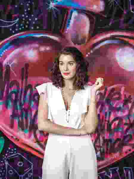 Giulia Bertolli será Meg, uma garota que irá sofrer ao descobrir que o namorado de infância gosta de outro rapaz - Divulgação/TV Globo