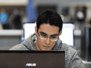 João Brant, game designer de Dandara - divulgação