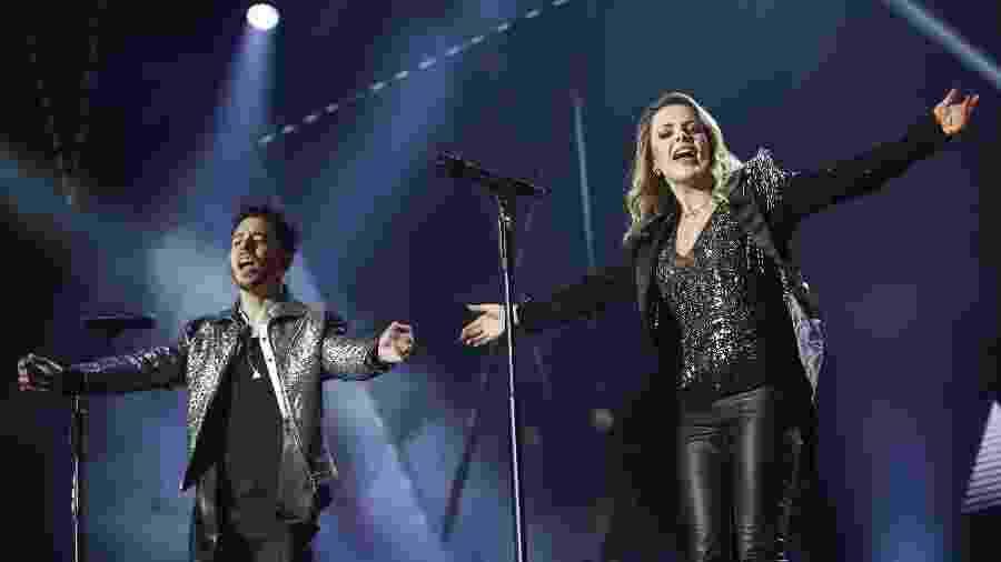 Sandy e Junior durante show da turnê Nossa História no Rio de Janeiro - Júlio César Guimarães/UOL