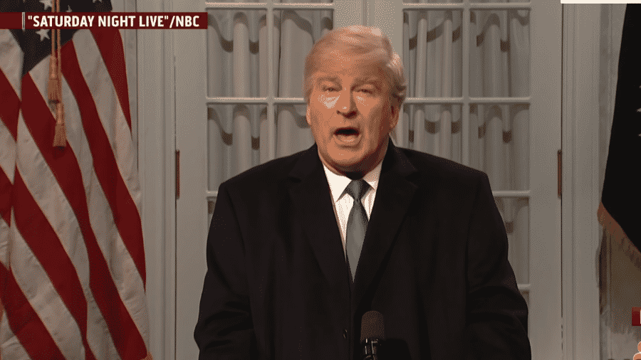 Alec Baldwin imita o presidente do Estados Unidos, Donald Trump, no Saturday Night Live - Reprodução/Youtube