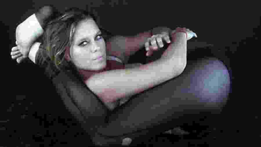 Carolina Dieckmann faz pose inusitada - Reprodução/Instagram
