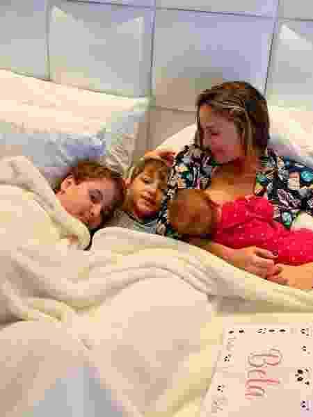 Claudia Leitte e os três filhos, Rafael, Davi e a Bela - Reprodução/Instagram