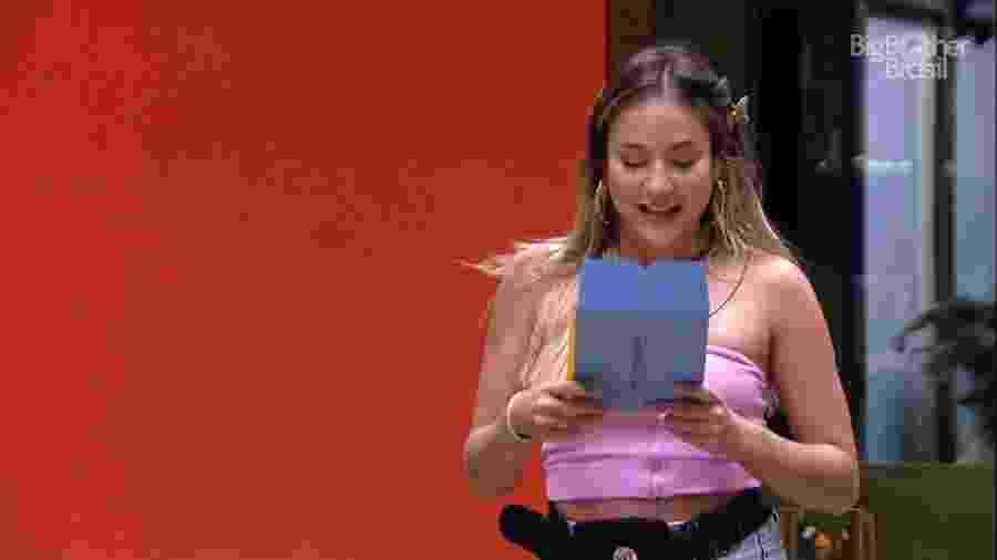 BBB 20 - Gabi lê ficha sobre almoço do anjo - Reprodução/Globoplay