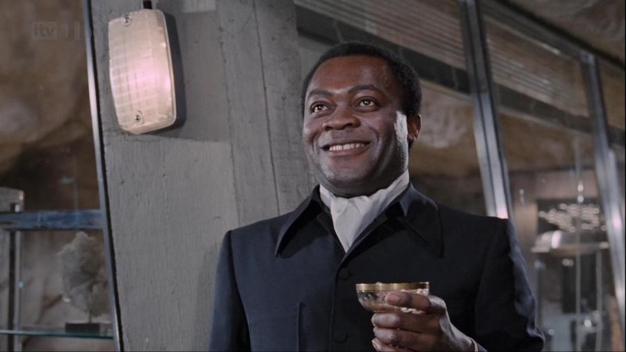 """YaphetKotto morreu aos 81 anos; ele ficou conhecido como Kananga, de """"007: Viva e Deixe Morrer"""" - Reprodução/MGM"""