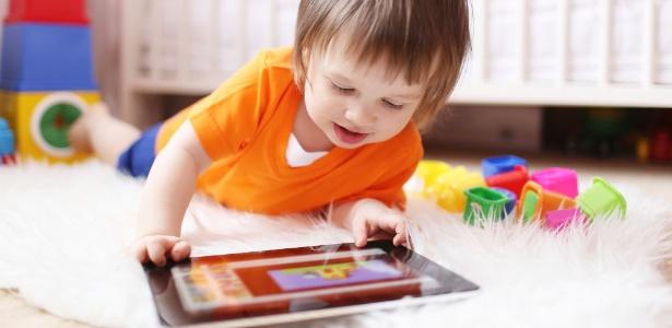Segundo estudo, uso frequente de celulares e tablets aumentou problemas de fala - Getty Images