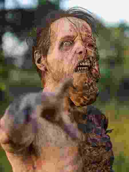 "Zumbi de ""The Walking Dead"" - Reprodução"