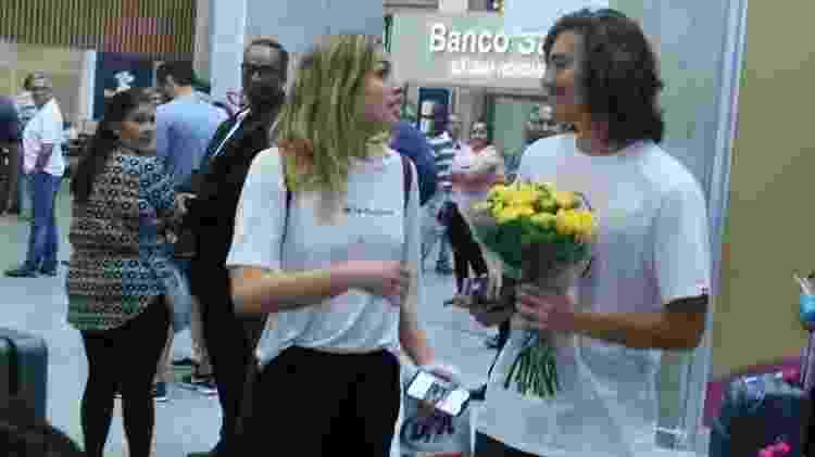 Sasha fica surpresa ao ver o namorado Bruno Montaleone no aeroporto - Anderson Borde / AgNews - Anderson Borde / AgNews