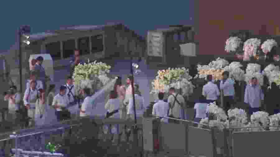DJ Alok se casa aos pés do Cristo Redentor, no Rio - Reprodução/Globo