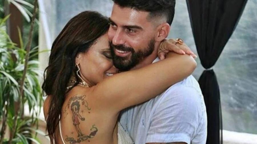 Radamés Martins e Viviane Araújo - Reprodução/Instagram