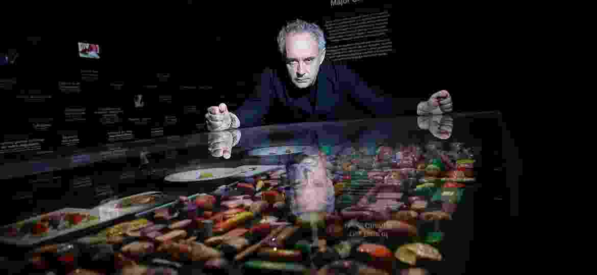 "Ferran Adrià, na exposição ""elBulli: Ferran Adria and The Art of Food"", em Londres, 2013 - Getty Images"