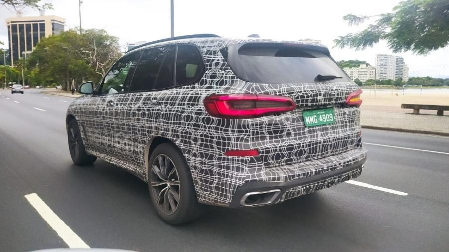 Flagra do BMW X5 rodando em testes no Rio de Janeiro - Kleyton Cintra