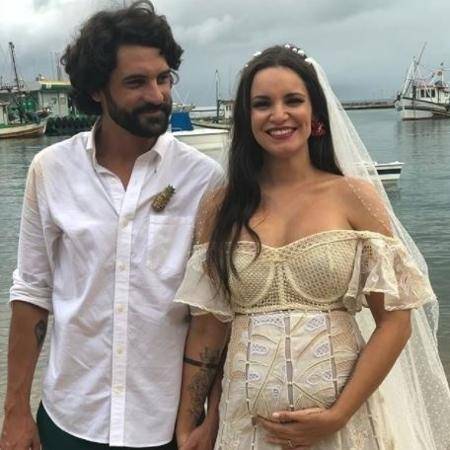 Renata Vanzeto se casa em Ilhabela - Reprodução/@mayamorikawa