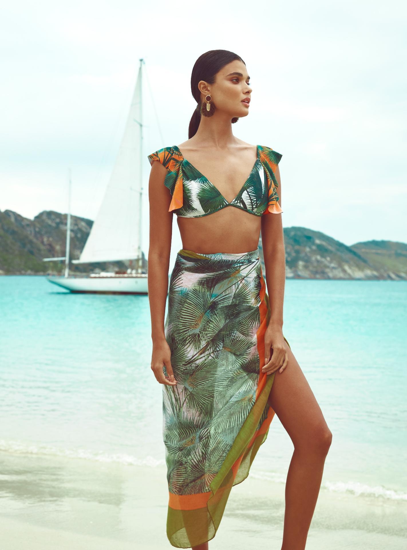 c66c3ca45 Moda praia  gigante fashion lança coleção com cinco marcas renomadas -  26 11 2018 - UOL Universa