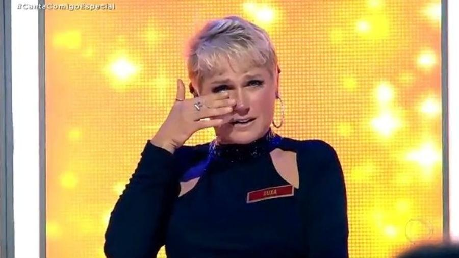 """Xuxa se emociona em especial do programa """"Canta Comigo"""" - Reprodução/RecordTV"""