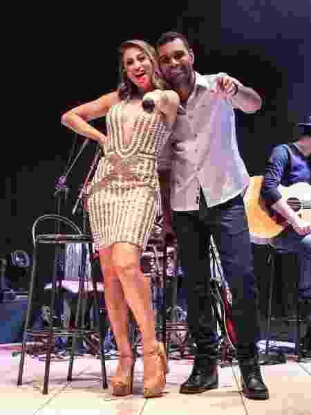 Dupla sertaneja Carol & Vinícius grava DVD em São Paulo - Divulgação