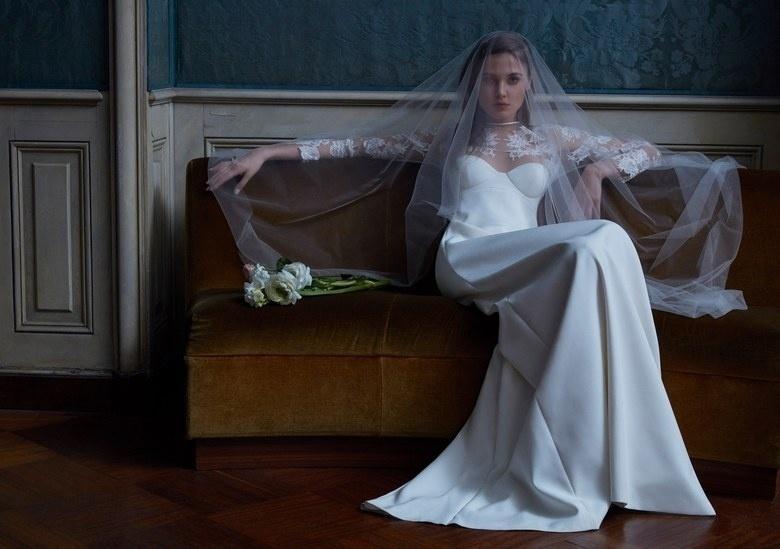 eb751bad21 Fotos  La Perla lança sua primeira coleção de vestidos de noiva - 13 ...