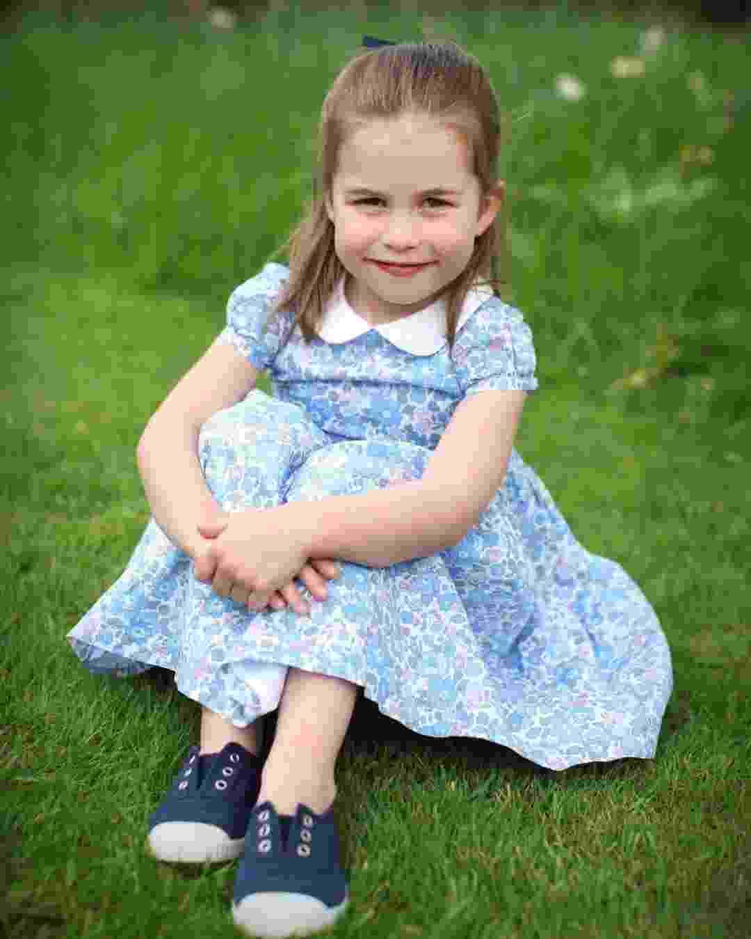 Princesa Charlotte faz quatro anos amanhã e foi fotografada pela mãe Kate - Reprodução/Instagram/katemidleton T