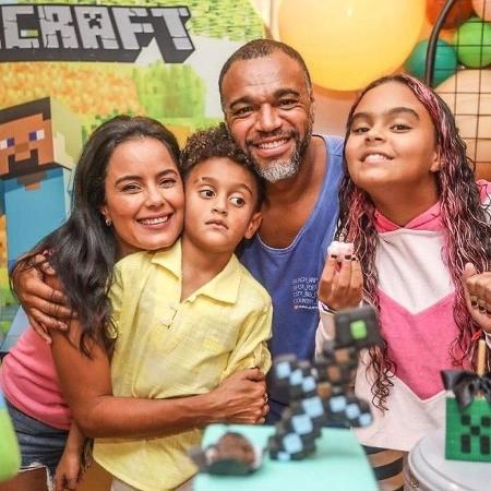 Luciele Di Camargo, Denilson e os filhos, Davi e Maria Eduarda - Reprodução/Instagram