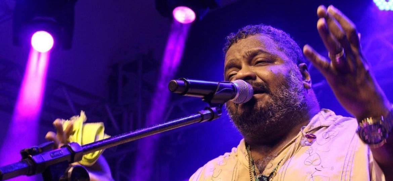 O cantor Arlindo Cruz foi submetido a uma traqueostomia nesta terça-feira - Wesley Cavalcante/Reprodução