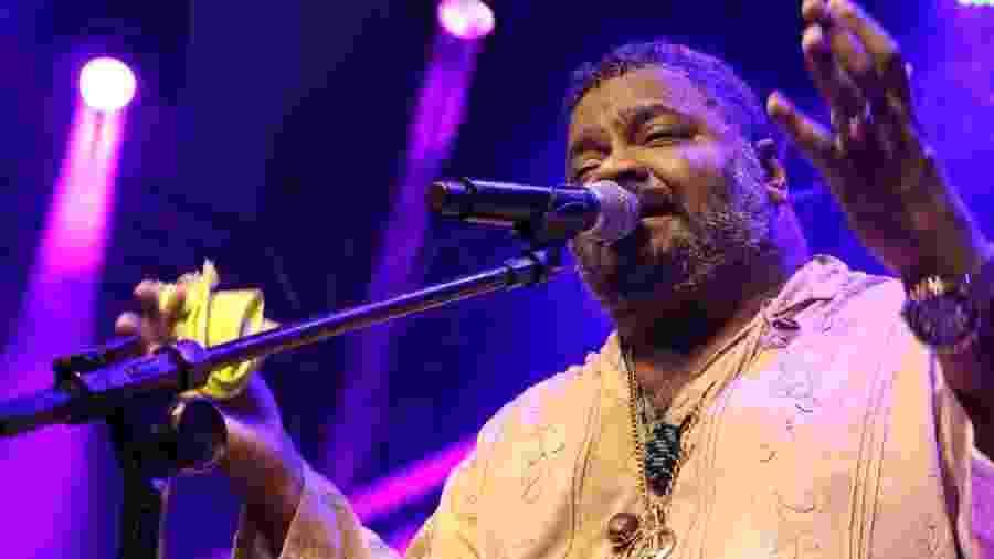O cantor Arlindo Cruz pode ser levado para uma unidade semi-intensiva - Wesley Cavalcante/Reprodução
