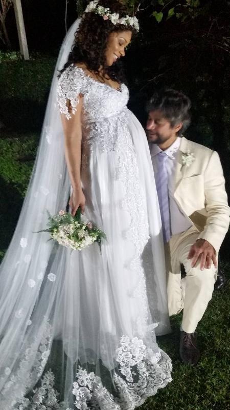 Juliana Alves e o noivo Ernani Nunes no dia do casamento - Reprodução/Instagramshsaulohenriques