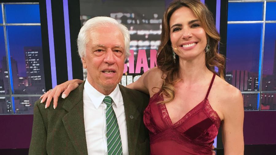 """Nuno Leal Maia com Luciana Gimenez nos bastidores do """"Luciana By Night"""" - Divulgação"""