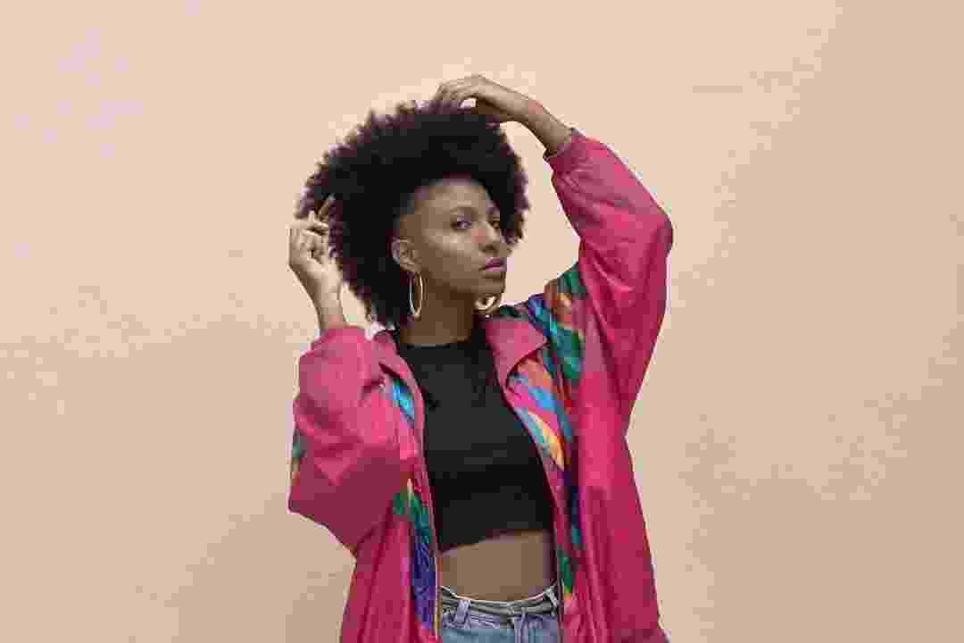 Com 18 mil seguidores no Instagram, Domenica Dias é uma representante da negritude para jovens negras - Reprodução/Instagram/domenicadiasp