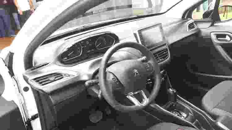 Peugeot 2008 interno - Vitor Matsubara/UOL - Vitor Matsubara/UOL