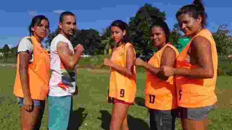 Time de mulheres indígenas em Alagoas - Carlos Madeiro/UOL - Carlos Madeiro/UOL