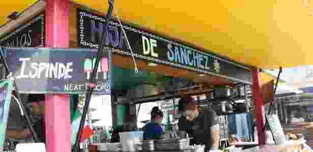 Barraca Hija de Sanchez vende especialidades mexicanas na Israel Plads - Rafael Mosna/UOL
