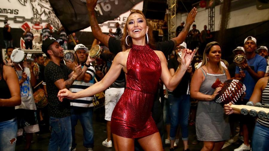 Sabrina Sato no primeiro ensaio da Gaviões da Fiel para o Carnaval 2018 - Manuela Scarpa / Brazil News
