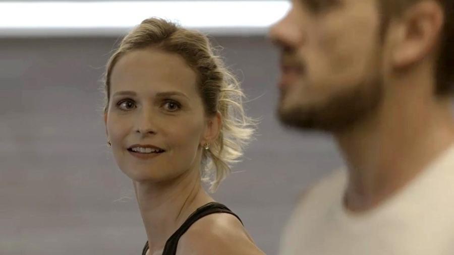 Fabiana fica interessada em Renato - Reprodução/Gshow