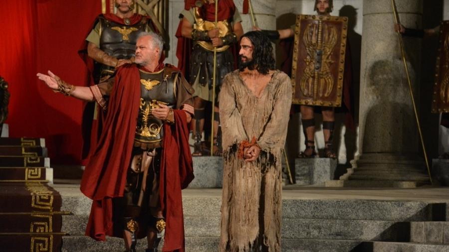 Kadu Moliterno e Renato Goes em cena da Paixão de Cristo - Felipe Souto Maior/Divulgação