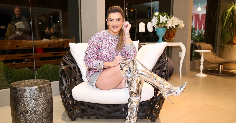 Mirella Santos comemora 35 anos neste domingo (20); ela celebrou a data no sábado com uma festa em sua casa na zona sul de São Paulo