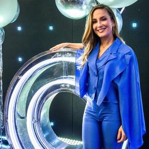 A invertida de Cláudia Leitte em Silvio Santos f0b8535613b0b