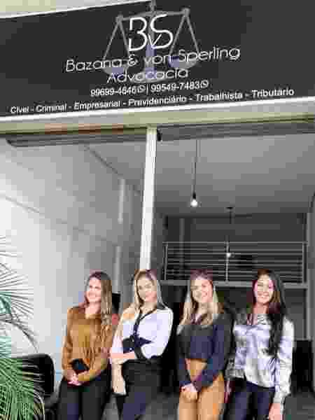 """Paula do """"BBB19"""" trabalha em escritório de advocacia com irmã e sócias - Reprodução/Instagram - Reprodução/Instagram"""
