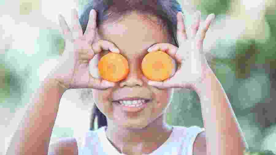 Além de ajudar na saúde dos olhos, a cenoura também é amiga do coração e da saúde da pele - iStock