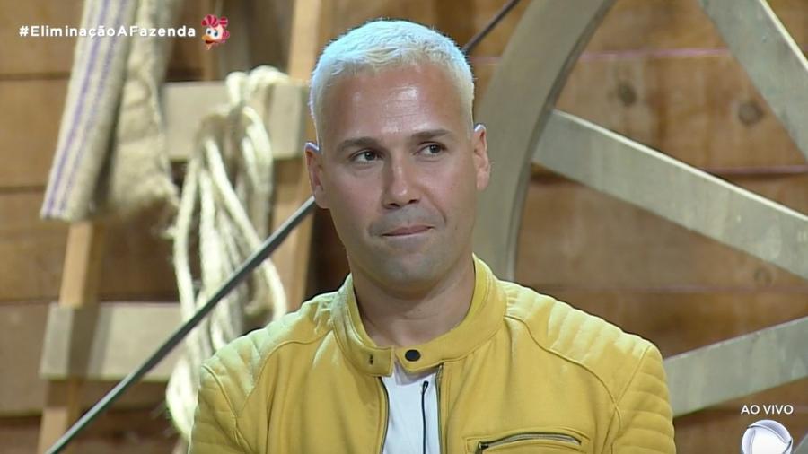 Vieira Viny é o 11º eliminado de A Fazenda 2019 - Reprodução/PlayPlus