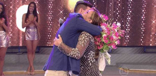 Viviane Araújo aceita pedido de casamento feita por namorado ao vivo - Reprodução/TV Globo