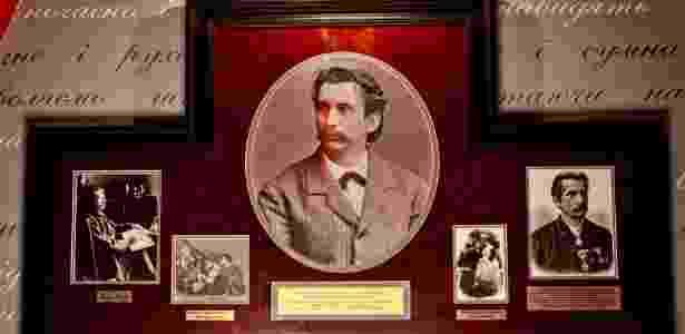 Retratos de Leopold Ritter von Sacher-Masoch adornam o Masoch-Cafe - Divulgação/Café Masoch - Divulgação/Café Masoch