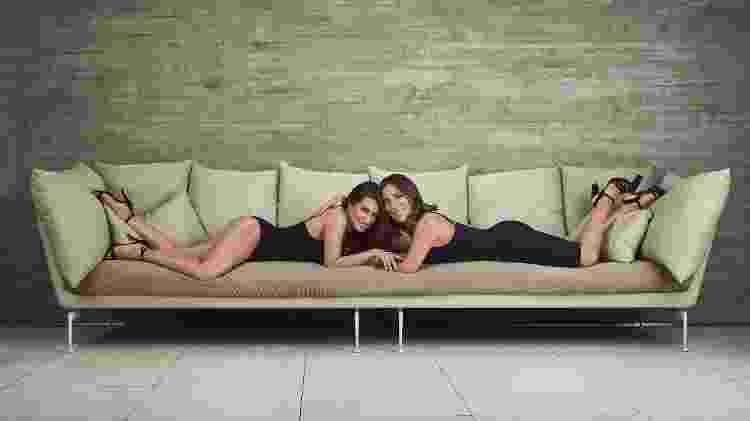 Cleo e Gloria Pires posam juntas de lingerie - Divulgação - Divulgação