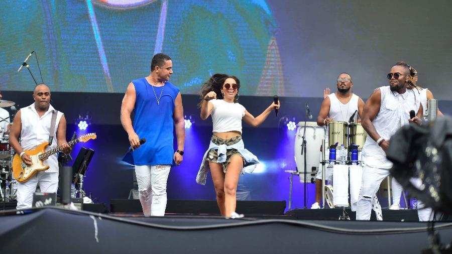 Anitta participa do show do Harmonia do Samba no Festival de Verão de Salvador - Andre Muzell/Brazil News