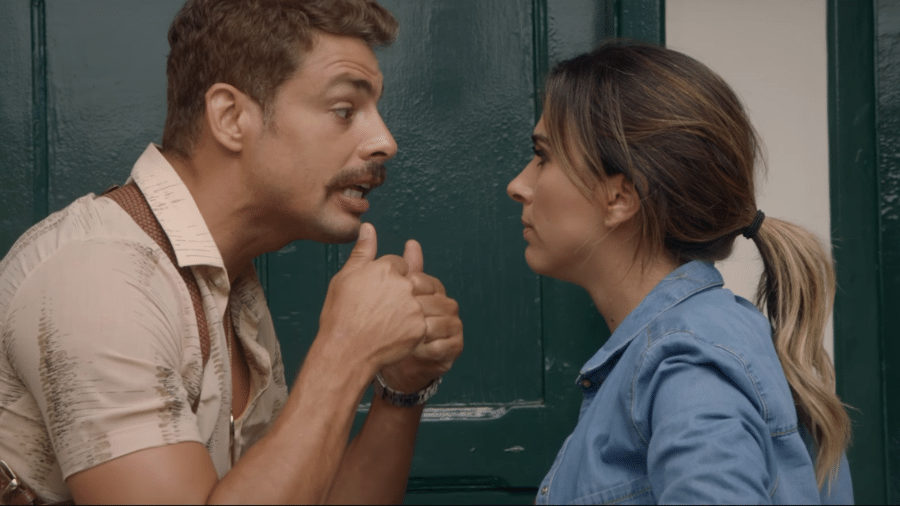 """Cauã Reymold e Tatá Werneck em cena do filme """"Uma Quase Dupla"""" - Reprodução"""