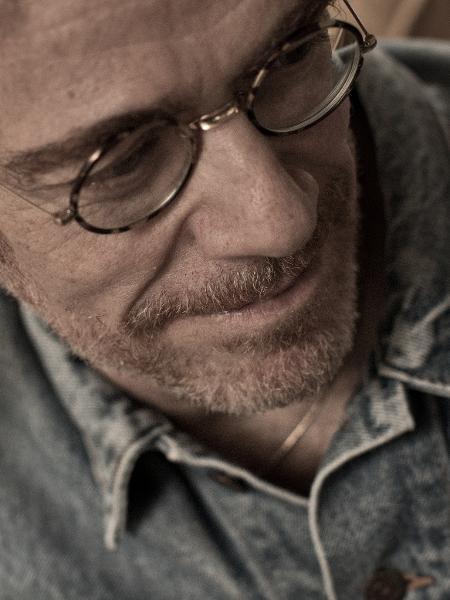 Nando Reis lançará o álbum em 19 de abril - Jorge Bispo