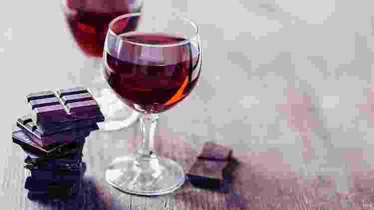 Chocolate e vinho - iStock - iStock