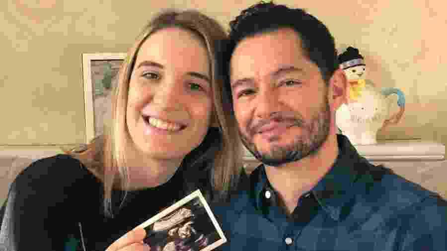 Hannah e Jake Graf anunciaram que serão pais em dezembro - Reprodução/Instagram