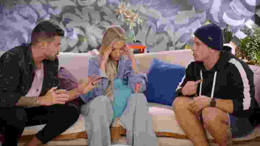 Lipe, Marcelle e Biel lavam roupa suja no segundo episódio do De Férias com Ex - A Treta não tira Férias - Reprodução/MTV